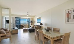 2-bedroom-coolangatta-hotel (7)