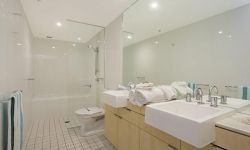 2-bedroom-coolangatta-hotel (2)