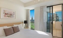2-bedroom-coolangatta-hotel (3)