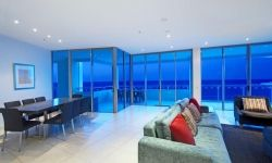 Penthouse lounge dining